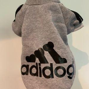 2/20$🐶ADIDAS ADIDOG SWEATER GRAY SMALL DOG SPORT